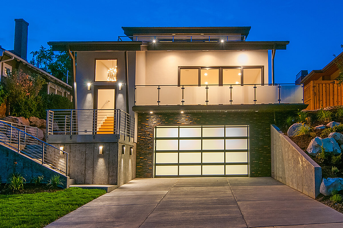 Full-View Aluminum | amega-garage-doors