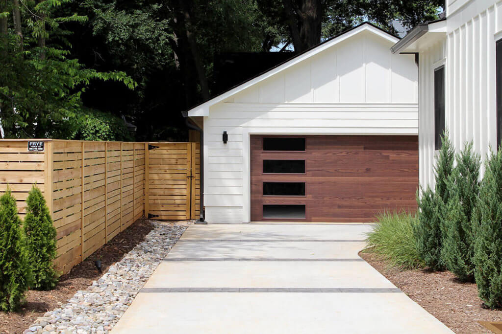 modern contemporary garage door des moines
