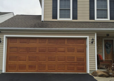 Garage Door with Cedar Woodtones