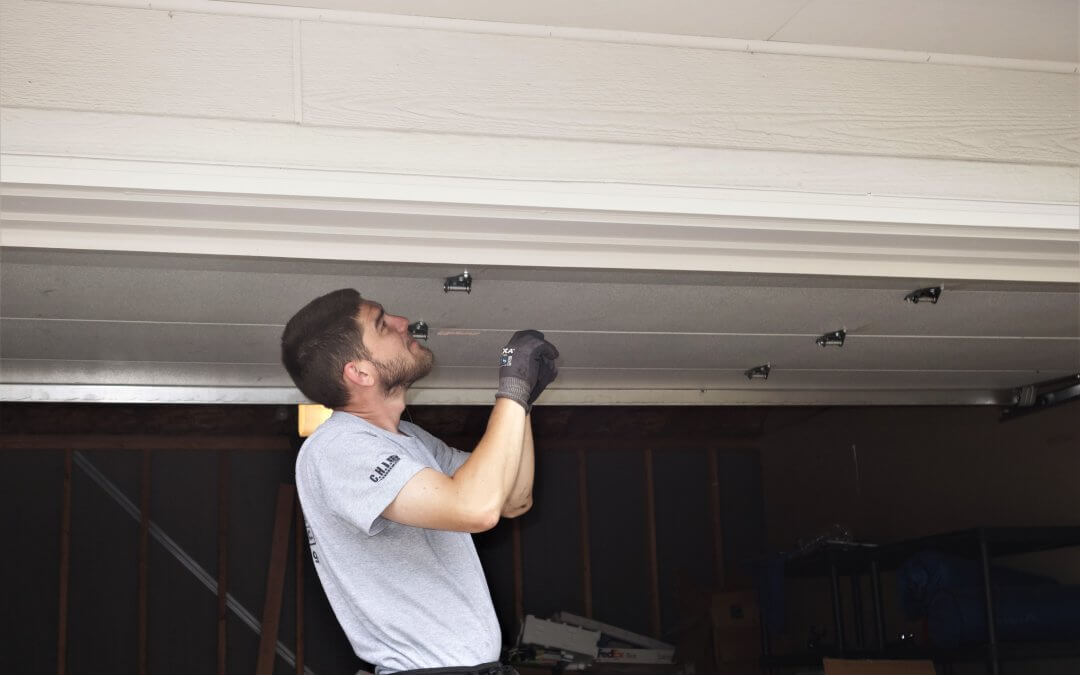 Why You Should Leave Garage Door Repair to the Experts